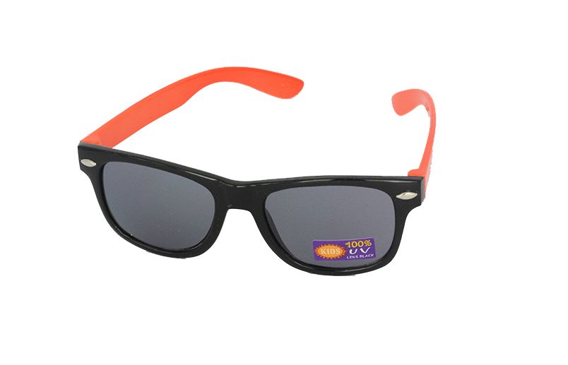 Børne wayfarer i sort-orange - Design nr. 1097